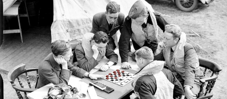 Pilots playing checkers